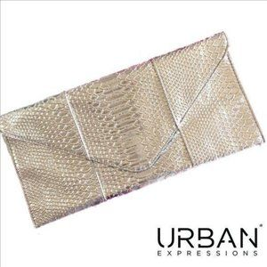 URBAN EXPRESSIONS Metallic Silver Envelope Clutch
